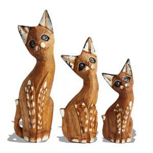 Wooden cat trio tan spots